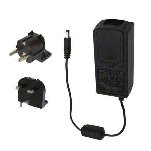Tork hálózati adapter, fekete műanyag 33x44x74 cm SCA205508